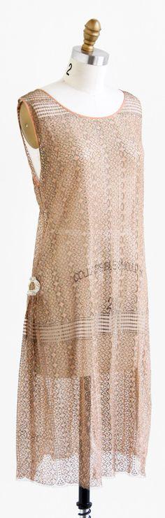vintage 1920s pink + silver lamé lace flapper dress | Great Gatsby + Boardwalk Empire dresses | www.rococovintage.com