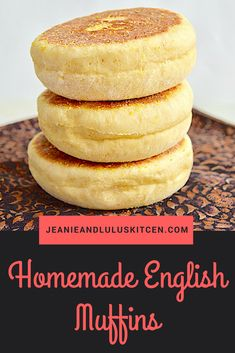 These wonderful homemade English muffins have a little Italian flavor from a dusting of polenta and drizzling the dough with olive oil! English Muffin Recipes, Homemade English Muffins, Scones, Bread Recipes, Cooking Recipes, Healthy Recipes, Muffin Bread, Muffin Top, Bread Baking