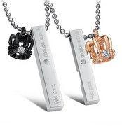 46,00 € Colliers personnalisés http://www.zooros.com/collier-de-couple-peut-etre-grave-une-paire-de-la-vie-des-hommes-est-plein-mme-bijoux-en-acier-couronne-en-titane.html