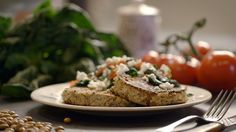 Bruine bonenburgers uit de aflevering 'Muzikaal eten' #KMVB #kokenmetvanboven #hoofdgerechten #vegetarisch #vega