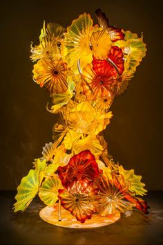 Stunning!!!  Chihuly's first public installation in Taiwan, Fiori Tower, is now on view at Hsinchu Science and Industrial Park.