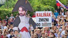 Protesty pred Bonaparte pokračujú Petra, Dresses, Fashion, Vestidos, Moda, Fashion Styles, Dress, Fashion Illustrations, Gown