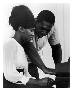 Alice Coltrane with her husband, the jazz legend John Coltrane. (1965)