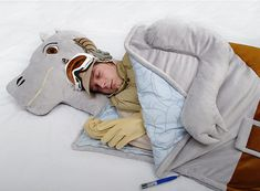 A Tauntaun sleeping bag that's perfect for cuddling and binging Star Wars. | 23…
