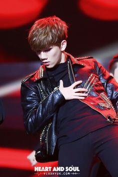 VIXX Hyuk such move :33