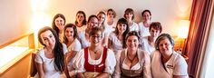 Teamfoto Housekeeping WASNERIN Zimmer Wellness, Stress Relief, Time Out