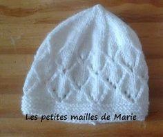 """Les petites mailles de Marie: Bonnet """"point jours en angles"""" pour bébé prématuré de 34 semaines"""