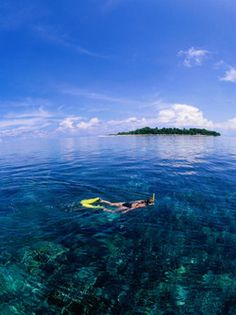 Sangalaki Island is located off the East Coast of the island of Borneo, in part of the Indonesian state of Kalimantan, beautiful places to visit in Indonesia.