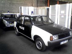 Renault 14 - Even the cops had that stuff ... and the bads had Ferraris ...