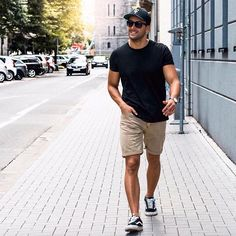 Easy Street look  follow link in bio to shop the complete Look  #mensfashion #menstyle #men #mensfashion #mensfashionpost #menstyleguide #mensfashionreview #mensclothes #mensfashionblogger #menwithstyle #menwithclass #menwithstreetstyle #menswear #mensstyle #lotd #ootd #outfit #look #lookoftheday #outfitoftheday #style #guyfashion #streetstyle #streetfashion #instastyle #instagood #instacool