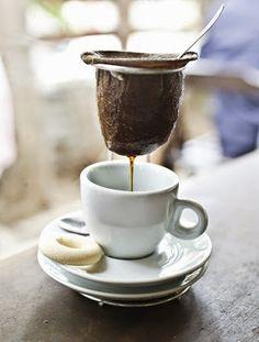 Café afinal faz bem ou mal?http://bloggerdeideias.blogspot.com.br/2015/03/cafe-afinal-faz-bem-ou-mal.html#gpluscomments