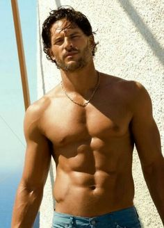 Hottie Joe Manganiello goes shirtless for GQ! How hot does Joe Manganiello from True Blood look without his shirt in the latest issue of GQ magazine? I cannot wait for the HBO series to return. Joe Manganiello True Blood, Joe Manganiello Body, Taylor Kitsch, Gq Magazine, Karl Urban, Raining Men, Avan Jogia, Keanu Reeves, Hot Guys
