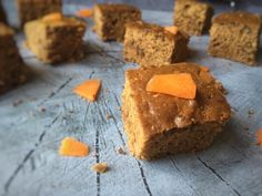Pumpkin Spice Bites, a perfect Halloween recipe. These Pumpkin Spice Energy Bites are delicious, healthy and really easy to make as well. You can find the recipe on organichappiness.nl or via the 'visit' button. Lactose Free Recipes, Halloween Recipe, Energy Bites, Free Breakfast, I Foods, Pumpkin Spice, Free Food, Healthy Snacks, Spicy