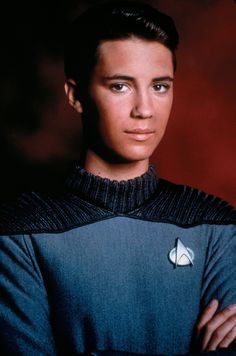 star trek wesley crusher - Google Search Watch Star Trek, Star Trek Show, Star Wars, Akira, Wesley Crusher, Generation Photo, Star Trek Characters, Fictional Characters, Wil Wheaton