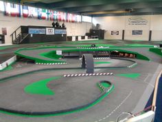 "RC Cars Drift Strecke (Drift Track) im ""Megadrom"" in Geilenkirchen. --- www.feenfluegeltv.de"