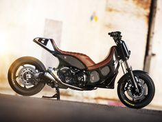 Roland Sands at it again: A Yamaha T-Max 530. Thanks to @Andres Eduardo Ramirez