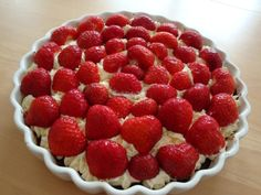 Fondant, Danish Food, Summer Cakes, Summer Treats, Cake Recipes, Sweet Tooth, Sweet Treats, Deserts, Cooking Recipes
