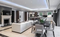 8 bedroom detached house for sale in Windlesham, Surrey, GU20 - Rightmove | Photos