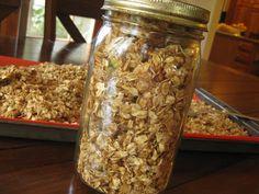 Makes your house smell great, too! Easy Overnight Vanilla Cinnamon Granola -Momo