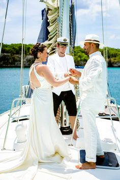 #wedding_on_a_yacht Catalina Island. Organization by www.wedding-caribbean.com Photo by Nik Vacuum