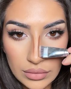 Nose Makeup, Smokey Eye Makeup, Makeup Goals, Makeup Tips, Beauty Makeup, Gorgeous Makeup, Pretty Makeup, Nose Contouring, Makeup Spray
