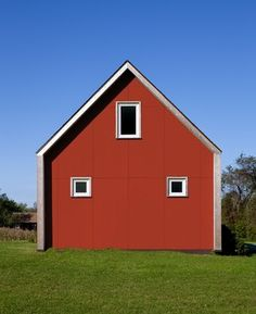 Passive Solar House Plans for a Farmhouse Exterior with a Red House and Passive House Retreat by ZeroEnergy Design Modern Exterior, Exterior Colors, Exterior Design, Garage Design, Roof Design, Modern House Plans, Small House Plans, Modern Houses, Small Houses