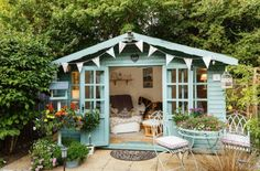 A She Shed is the equivalent of a Man Cave. It is a place specifically designed for women… The post She Shed Ideas appeared first on Don Pedro. Backyard Studio, Backyard Sheds, Backyard Retreat, Outdoor Sheds, Garden Sheds, Outdoor Rooms, Cozy Backyard, Backyard Gazebo, Pergola Garden