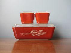 Vintage Pyrex Refrigerator Set