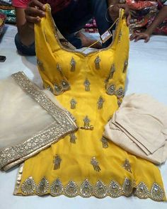 Readymade suit with patiala salwaar Don't worri about size Price 8900 INR To place ur order send msg on whatsapp 📱📞 ✈️we ship worldwide🌍 Indian Suits, Indian Attire, Indian Wear, Indian Style, Indian Ethnic, Patiala Suit Designs, Patiala Salwar Suits, Kurta Designs, Designer Punjabi Suits