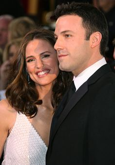 Jennifer Garner & Ben Affleck-Love them! If these 2 ever get a divorce, I will need therapy ;-)
