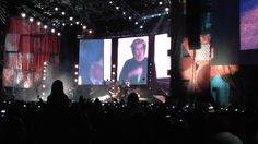 One Direction Were we are tour Bogotá 2014-Midnight Memories Niall said shit instead of shhh,haha