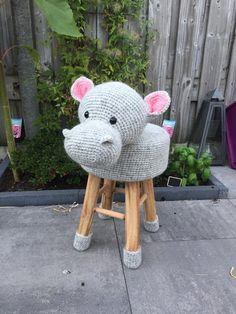 Crochet Hippo, Crochet For Kids, Crochet Animals, Stool Cover Crochet, Crochet Scarves, Crochet Hats, Newborn Boy Hats, Animal Rug, Stool Covers