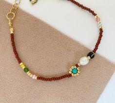 Pride Bracelet, Daisy Bracelet, Pearl Bracelet, Beaded Necklace, Beaded Bracelets, Choker Necklaces, Glass Gemstone, Gemstone Jewelry, Diy Jewelry