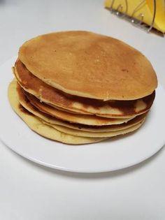 Clătite americane Pancakes, Breakfast, Ethnic Recipes, Vegan, Food, Pastries, Morning Coffee, Essen, Pancake