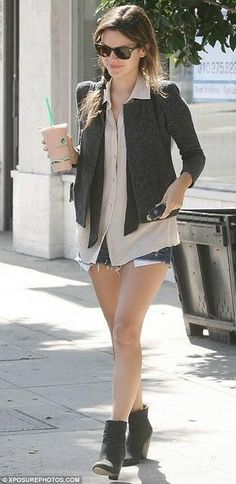 Smart casual: Rachel Bilson steps out in Los Angeles in a smart shirt, waistcoat and jacket but teamed then with ripped denim shorts and scuffed ankle boots Rachel Bilson, Mary Kate Olsen, Ashley Olsen, Sarah Jessica Parker, Olivia Palermo, Celebrity Dresses, Celebrity Style, Look Fashion, Fashion Outfits