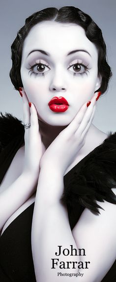 Betty Boop Halloween Make-Up Eye Makeup, Hair Makeup, Doll Makeup, Clown Makeup, Halloween Make Up, Halloween Face Makeup, Halloween Costumes, Halloween Inspo, Costume Halloween