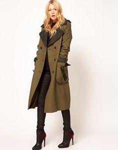 Vergrößern ASOS – Langer Mantel im Military-Look.  I want this jacket!