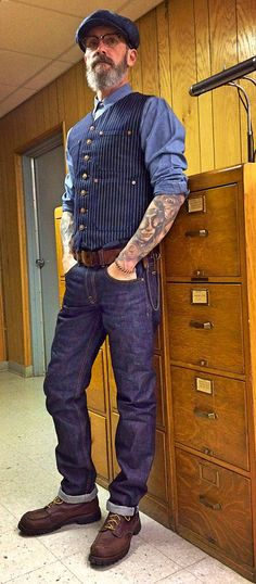 Brave Star 15oz Cone Mills selvage denim, Levi's chambray repro workshirt, Ciano Farmer Denim Company Wabash indigo waistcoat, 1970's belt, Grandpa's 1950's chain wallet, Red Wing 4183 work boots.