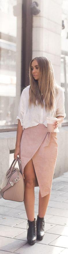 Powder Suede Pink / Fashion By Lisa Olsson