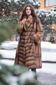 Sable Fur Coat, Fur Coat Fashion, Russian Winter, Fabulous Furs, Coats For Women, Mantel, Parka, Winter Fashion, Women Wear