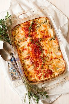 Bacon Green Bean Scalloped Potato Casserole is the perfect holiday side dish or comfort food for any day. This delicious, grain free dish is loaded with creamy, cheesy goodness and is so easy to make. Scalloped Potatoes With Bacon, Scalloped Potato Casserole, Side Dishes For Bbq, Holiday Side Dishes, Beef Recipes, Real Food Recipes, Healthy Recipes, Casserole Recipes, Bean Casserole