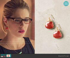 Felicity's coral drop earrings on Arrow.  Outfit Details: http://wornontv.net/54140/ #Arrow