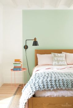 Benjamin Moore Color Trends and Color of the Year for I love these colors! Crystalline by Benjamin Moore Trending Paint Colors, Benjamin Moore Colors, Paint Brands, Pink Walls, Chevron Walls, Color Of The Year, Color Trends, Design Inspiration, Room Decor