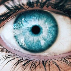 Trendy Ideas for eye color blue Beautiful Eyes Color, Pretty Eyes, Teal Eyes, Green Eyes, Ocean Blue Eyes, Aesthetic Eyes, Blue Aesthetic, Rare Eye Colors, Rare Eyes