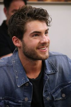 Cody was nominated for a Teen Choice Award! Make sure to vote for Cody Christian by using the hashtag on Twitte Pretty Little Liars, Beautiful Boys, Pretty Boys, Gorgeous Men, Teen Wolf Boys, Teen Wolf Cast, Theo Raeken, Christian Pictures, Hommes Sexy