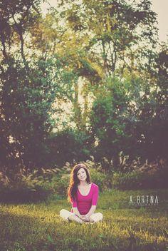 senior girl photography posing ideas