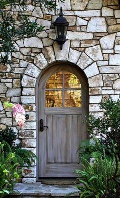Cottage door·