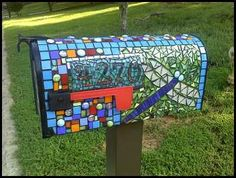 I know I would love to have this gorgeous mosaic mailbox adorning my front yard! via LeAnn Christian, Flickr