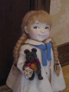 needle felted doll, composition limbs, Sculpy eyes & teeth. (Barb Soet)