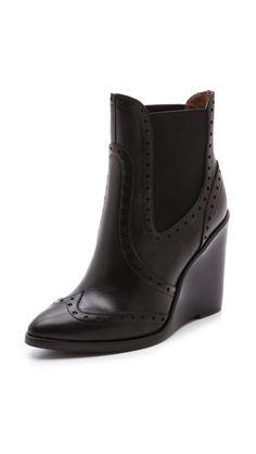 3e46c2e9be328 90 Best maria de los angelesBoots images   Flat Shoes, Shoe boots ...